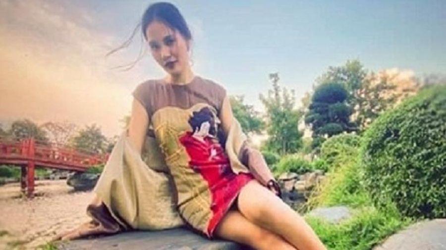 Hoa hậu Hương Giang bất ngờ lộ rõ thân hình gầy tong teo, hốc hác