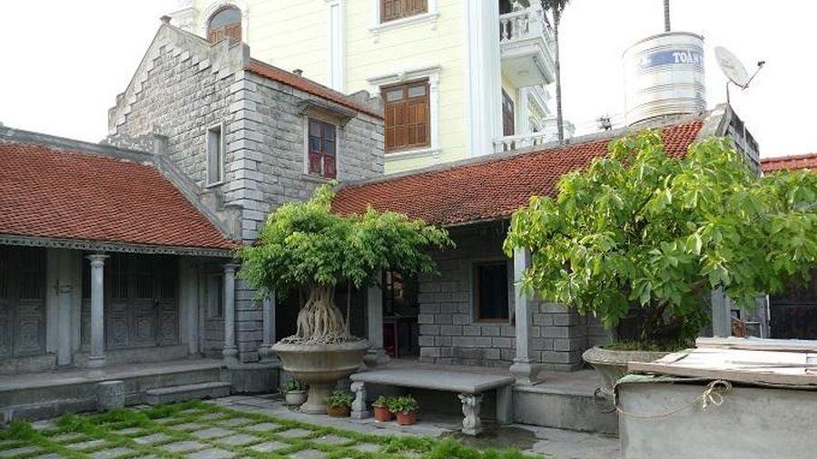Ninh Bình: Ngôi nhà đá xanh gần 100 năm tuổi, gia chủ từ chối bán chục tỷ đồng vì lý do không ngờ