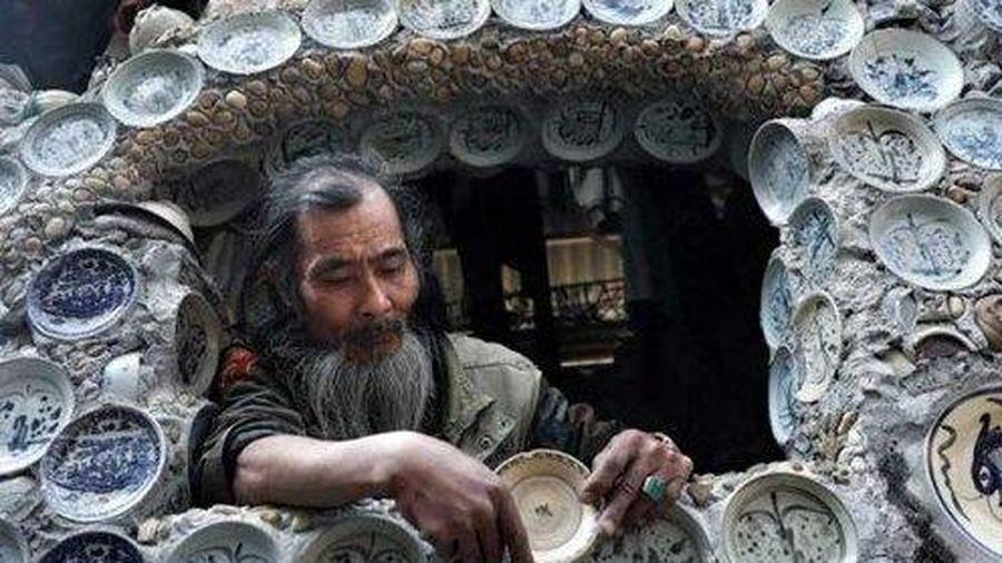Trang trí nhà bằng 10.000 đĩa cổ, người đàn ông Việt lên báo nước ngoài