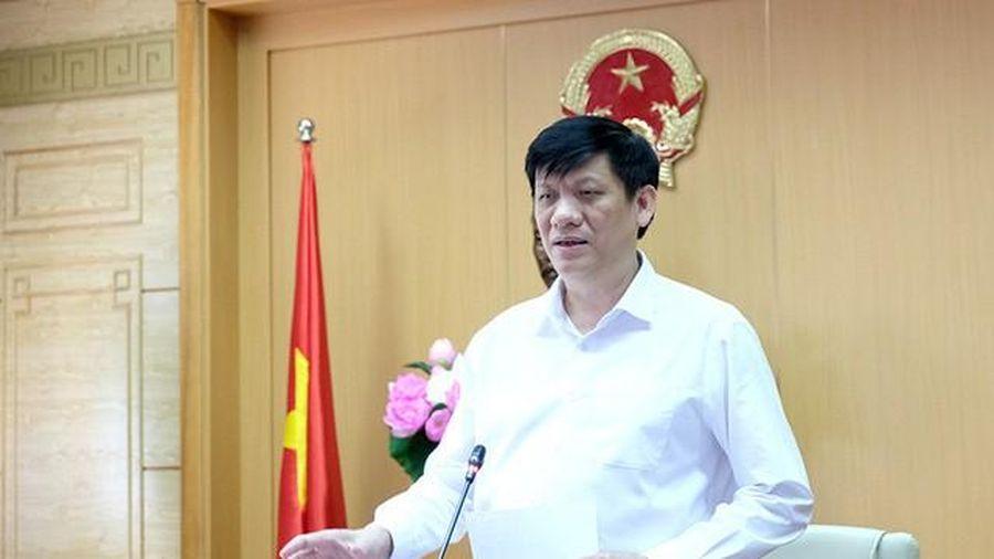 Quyền Bộ trưởng Bộ Y tế: Cần chuẩn bị nhân lực, vật chất cho tình huống dịch lan rộng