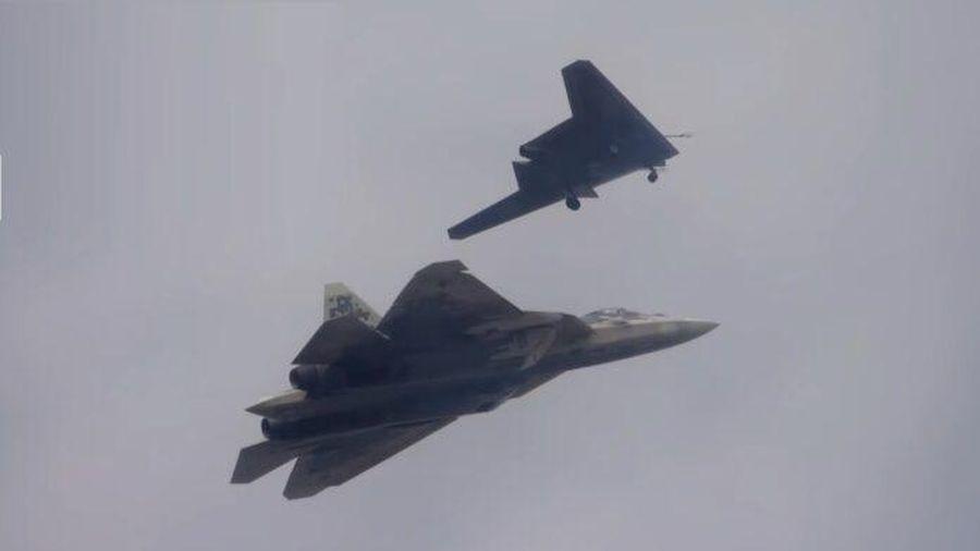 Nga có kế hoạch giao hàng loạt máy bay không người lái tàng hình hạng nặng vào năm 2024