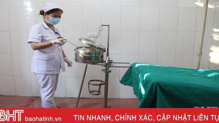 Nữ y sỹ bệnh viện huyện ở Hà Tĩnh mê khoa học, giỏi sáng kiến