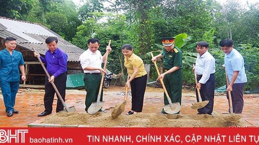 Bộ CHQS Hà Tĩnh xây dựng 2 nhà tình nghĩa cho các gia đình chính sách
