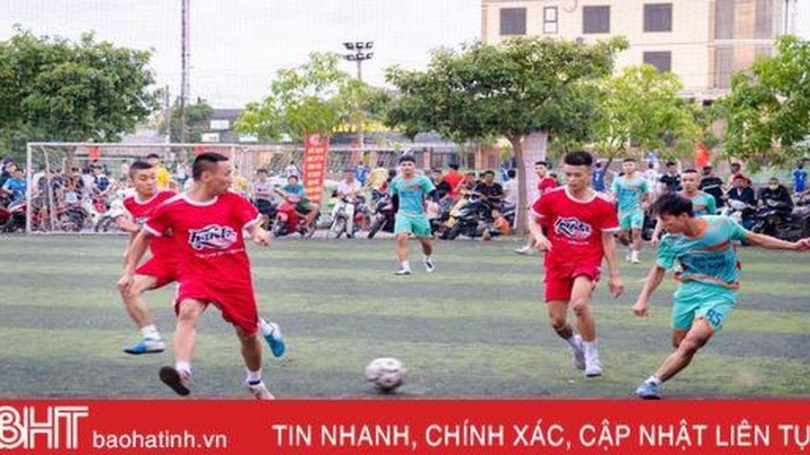 Huda đồng hành cùng mùa hè bóng đá sôi động của người hâm mộ Hà Tĩnh