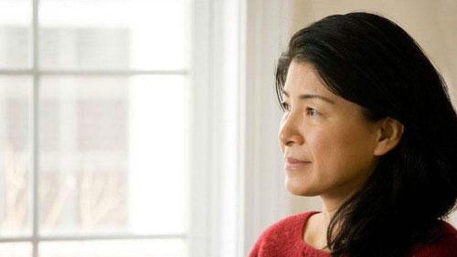 Vượt qua 'nỗi khổ' giai đoạn tiền mãn kinh, phụ nữ cần làm gì?