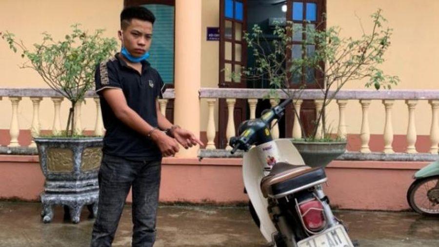 Quảng Ninh: Chiến sĩ CSGT bị đối tượng vi phạm luật giao thông đâm trúng gây thương tích nặng