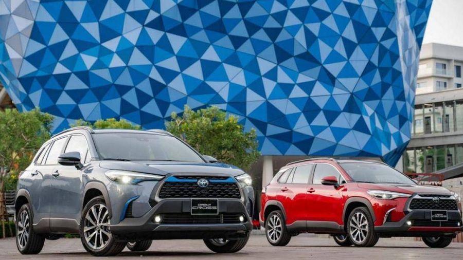 Toyota Corolla Cross chính thức ra mắt, giá từ 720 triệu đồng