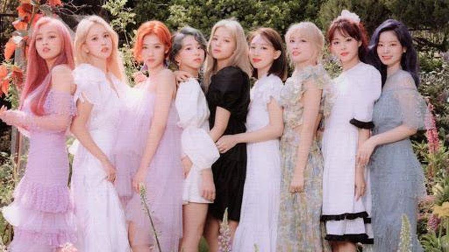 Twice comeback vào tháng 10: Trực tiếp đối đầu BlackPink hay chỉ dám... vờn quanh quanh?