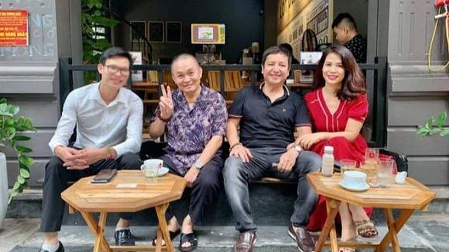 Đưa bạn gái đi cafe cùng danh hài Xuân Hinh, nghệ sĩ Chí Trung được khen ngày càng trẻ và phong độ hơn