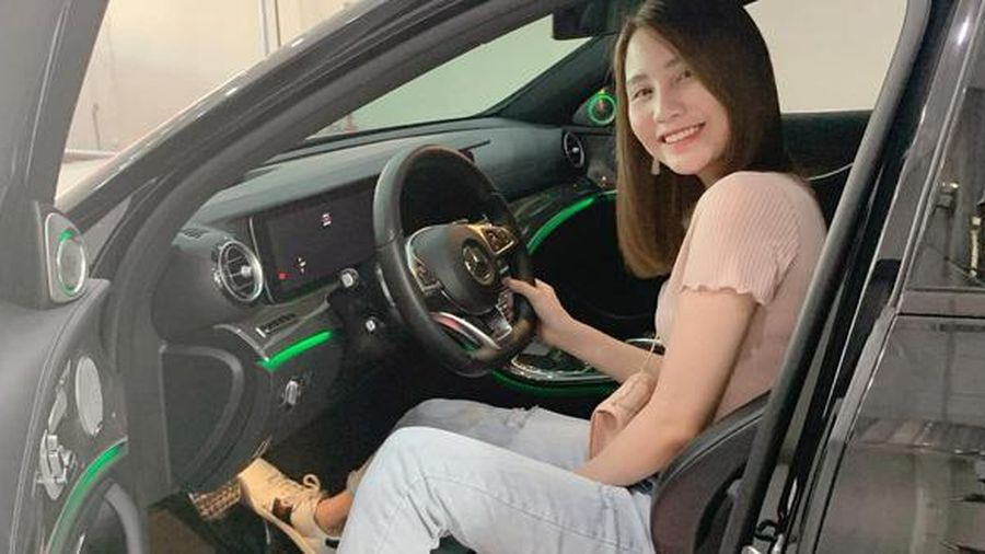 Hot mom Thanh Trần mạnh tay 'tậu' xế sang thứ 2 chỉ vì chồng thích