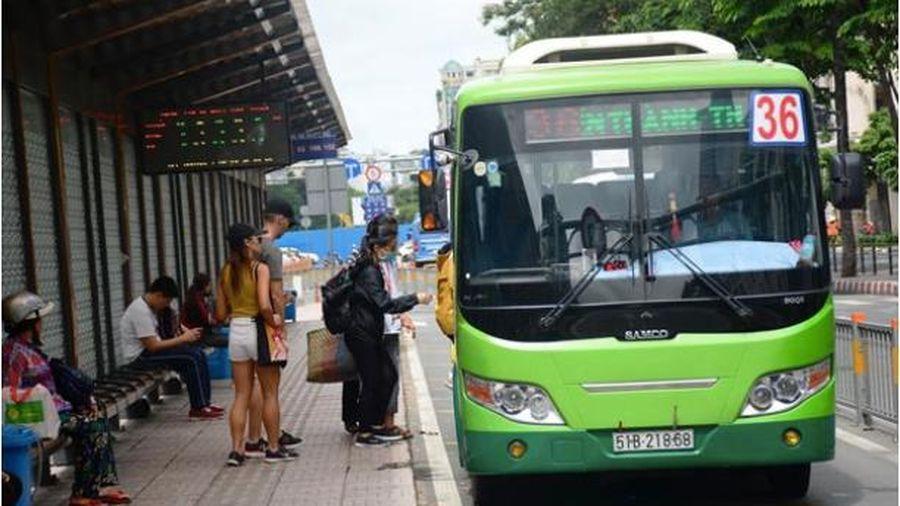 Công an điều tra vụ nữ tiếp viên xe buýt ở TP.HCM bị hành khách hành hung