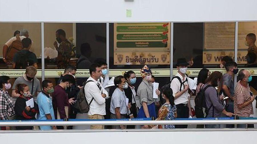 Thái Lan gia hạn cư trú cho nửa triệu lao động nước ngoài