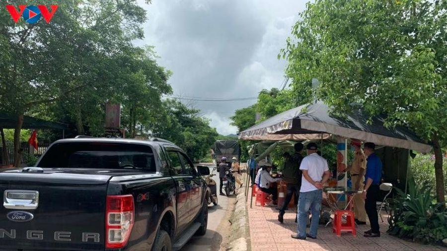Quảng Ninh lập các chốt kiểm soát đường đến Sơn Động, Bắc Giang