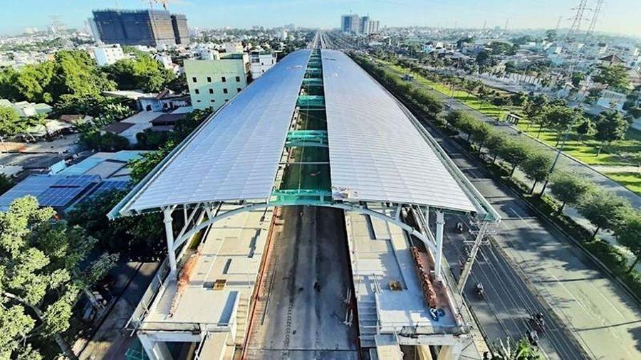 Tuyến Metro Bến Thành - Suối Tiên thi công gần xong phần mái che các nhà ga