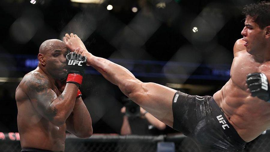 Võ sĩ UFC tung 23 cú đá trong vòng 12 giây