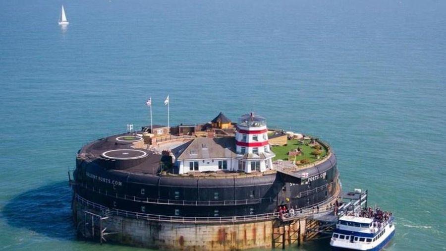 Pháo đài bị bỏ hoang biến thành khách sạn sang trọng ở Anh