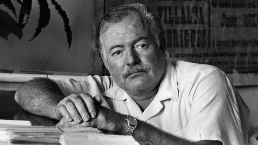 Hàng trăm lỗi biên soạn trong tác phẩm của Hemingway