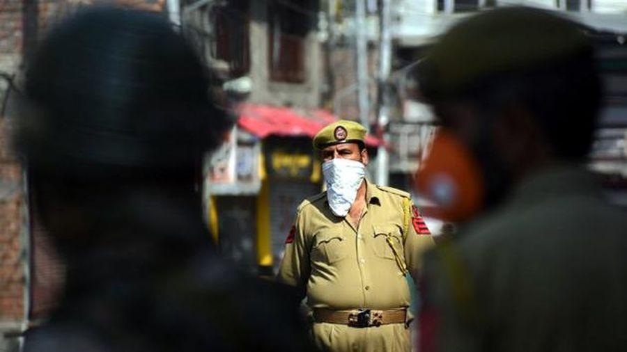 Xung đột Kashmir - một năm nhìn lại