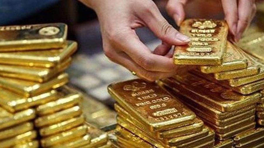Thời gian tới, giá vàng thế giới có thể còn biến động khó lường