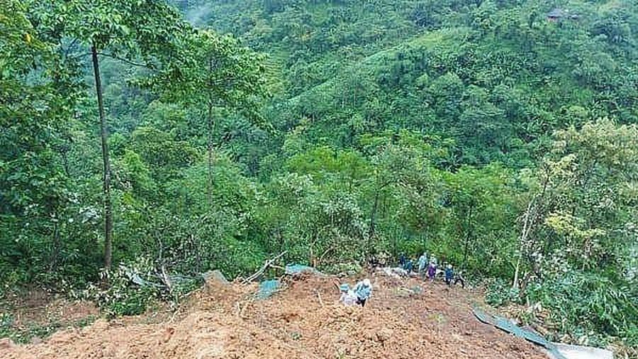 Sạt lở đất ở Lào Cai, 2 vợ chồng ngủ trong lán tử vong