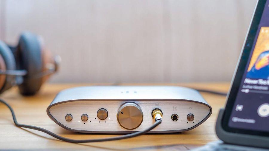 iFi ra mắt headamp Zen Can giá mềm 165USD, kéo tốt tai nghe 'đói' dòng