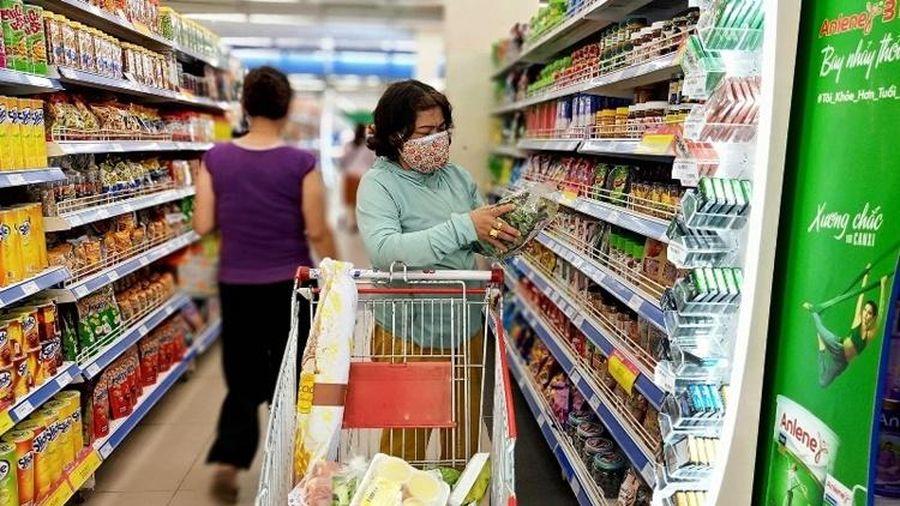 Người tiêu dùng Việt Nam đứng đầu xu hướng tiết kiệm trên toàn thế giới