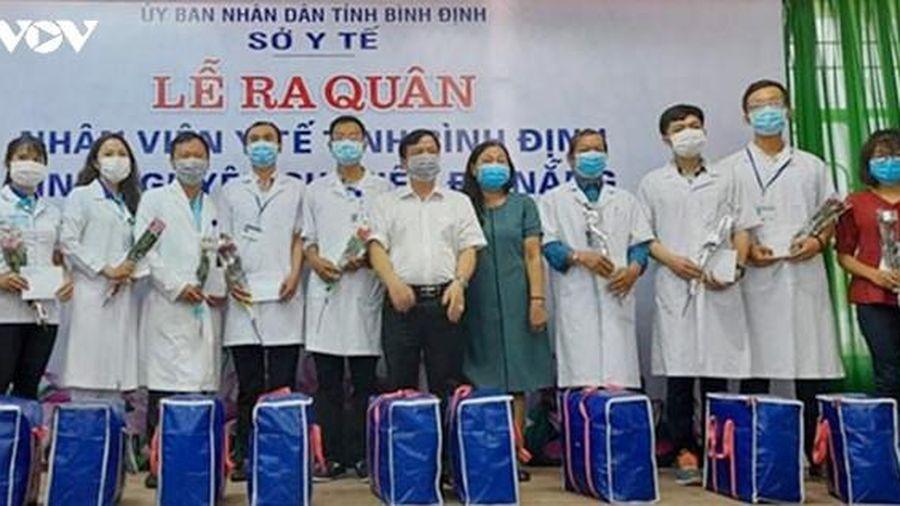 Bác sĩ, điều dưỡng Bình Định xuất quân hỗ trợ Đà Nẵng chống dịch