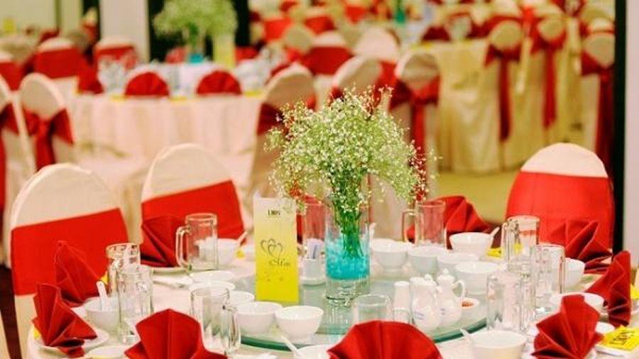 Bộ Y tế thông báo khẩn: Ai đã đến 3 Trung tâm tiệc cưới này cần liên hệ y tế gấp