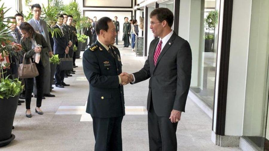 Hai Bộ trưởng Quốc phòng Mỹ-Trung điện đàm về Biển Đông