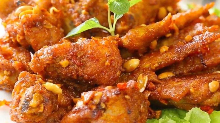 Tự làm món cánh gà chiên cà ri nhanh gọn tại nhà