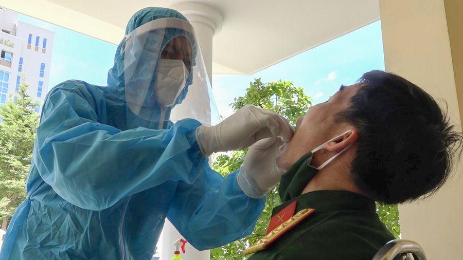 Xét nghiệm SARS-CoV-2 cho gần 400 cán bộ, chiến sĩ ở Đà Nẵng