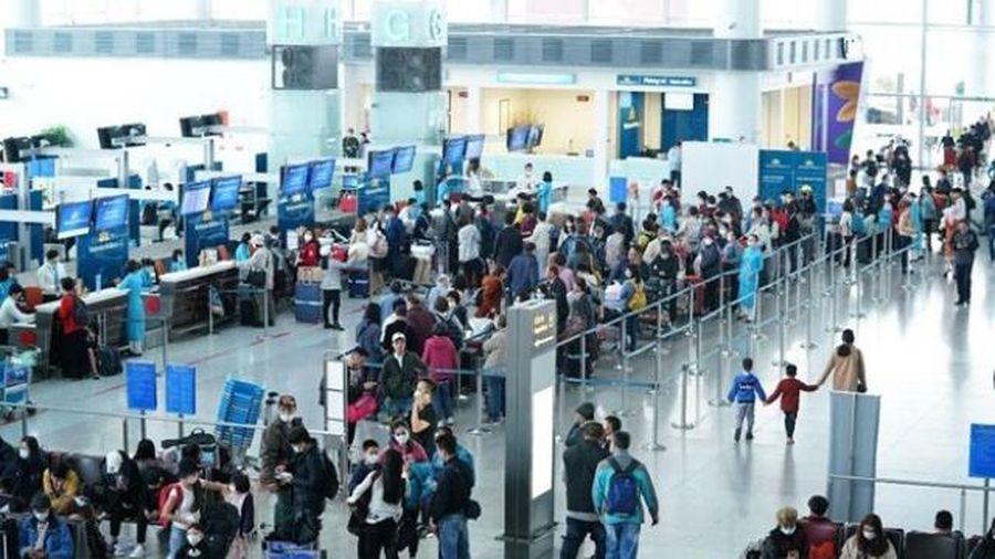 Hỗ trợ đưa gần 1.700 khách du lịch ở Đà Nẵng về địa phương