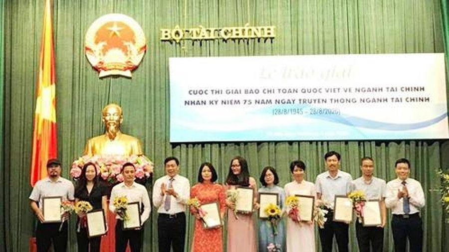 Báo Sài Gòn Giải Phóng đạt giải B toàn quốc viết về ngành tài chính