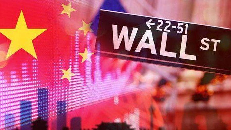 Mỹ để mắt tới chứng khoán, doanh nghiệp Trung Quốc niêm yết trên Phố Wall không còn 'dễ thở'