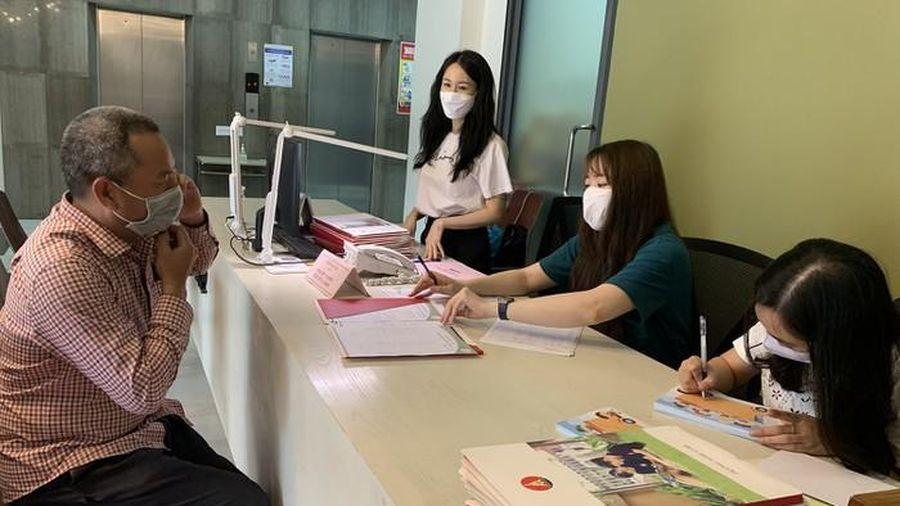 Hơn 600 trường trung học cơ sở ở Hà Nội bắt đầu tuyển sinh trực tuyến lớp 6