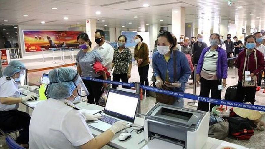 TP.HCM: Sẽ cách ly tập trung tất cả hành khách trở về từ Đà Nẵng