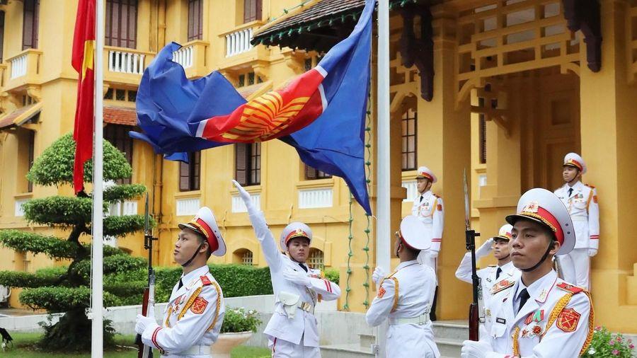 Hình ảnh lễ Thượng cờ kỷ niệm 53 năm Ngày thành lập ASEAN