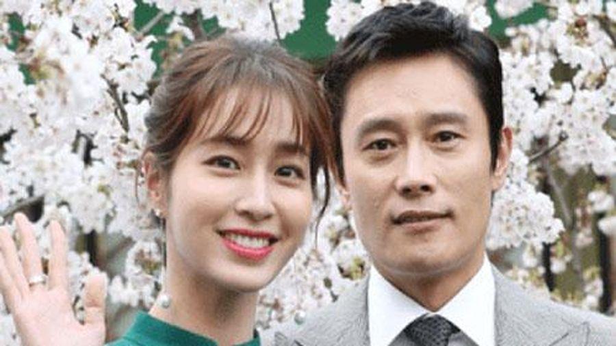 6 năm sau scandal ngoại tình, tình cũ của Song Hye Kyo hé lộ cuộc sống hôn nhân hiện tại với mỹ nhân 'Vườn sao băng'