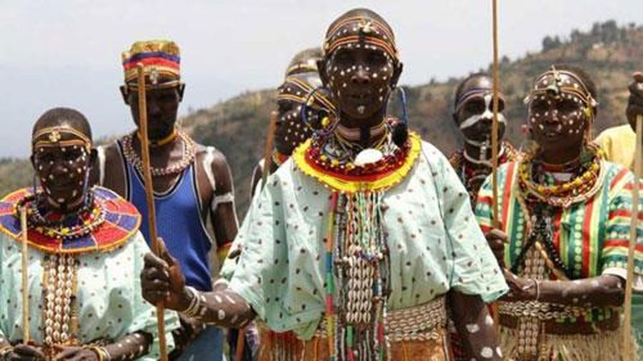 Những bộ lạc kỳ quái nhất châu Phi