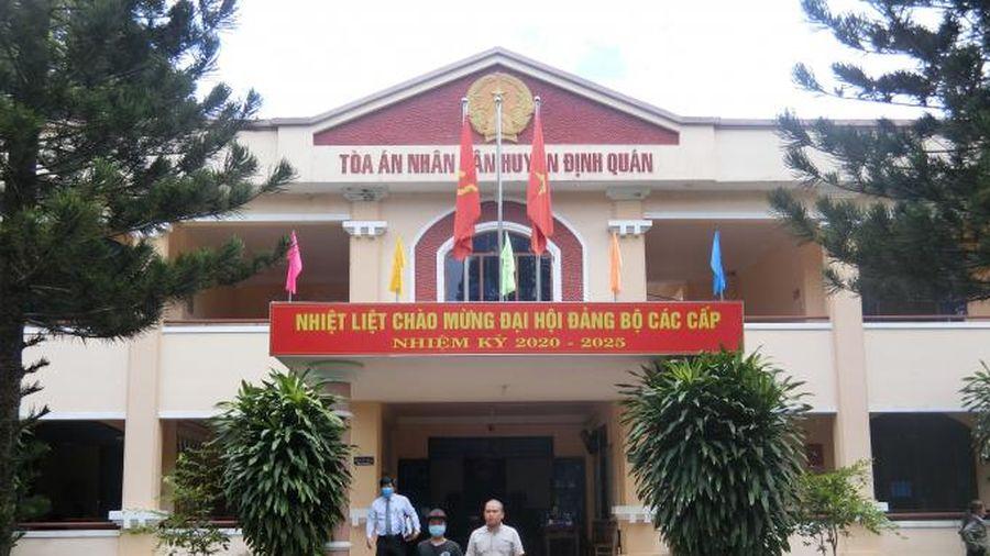 'Vụ án bắt dê' tiếp tục trì hoãn phiên tòa do tình tiết mới