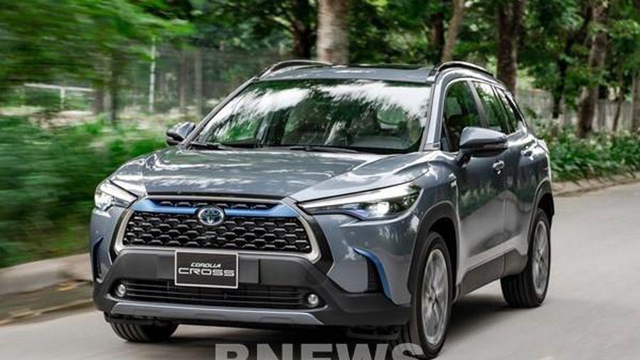 Toyota Việt Nam phản hồi về việc khách mua xe Cross phải mua kèm phụ kiện