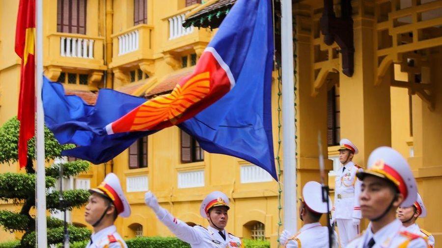 Lễ thượng cờ ASEAN 2020 kỷ niệm 53 năm thành lập ASEAN