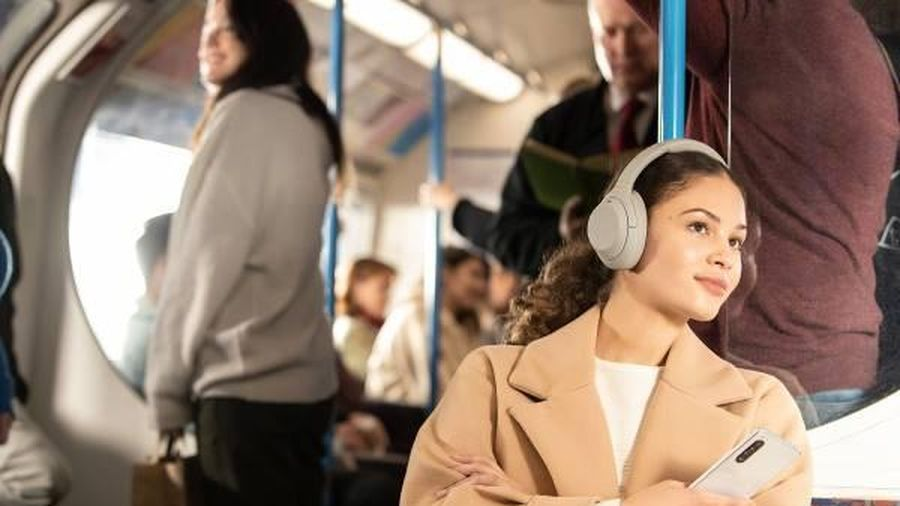 Tai nghe chống ồn thế hệ mới của Sony sắp ra mắt tại Việt Nam
