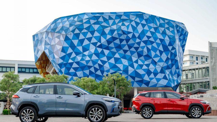Giá lăn bánh Toyota Corolla Cross 2020 hoàn toàn mới