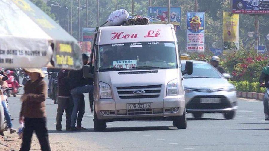 Gia Lai: Nhà xe vô tư lập bến cóc, vòng vo nội thị đón khách