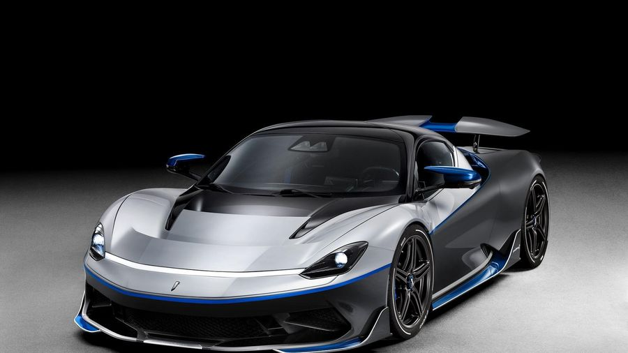 Pininfarina trang bị cho siêu xe điện Battista hệ thống loa 1.300 Watt