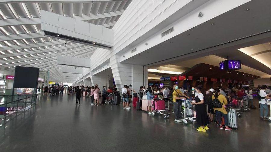 Đưa 230 công dân Việt Nam từ Đài Loan về nước, hạ cánh tại Cam Ranh