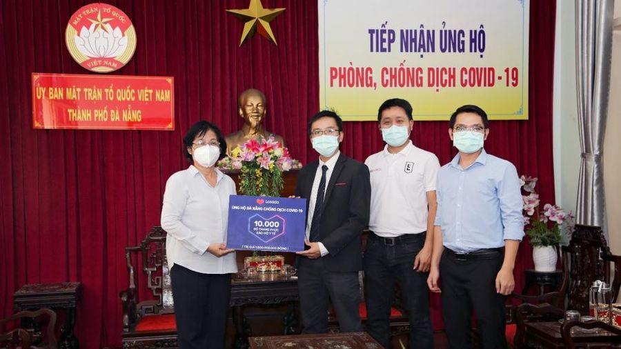 Lazada trao tặng 10.000 bộ trang phục bảo hộ y tế cho Đà Nẵng