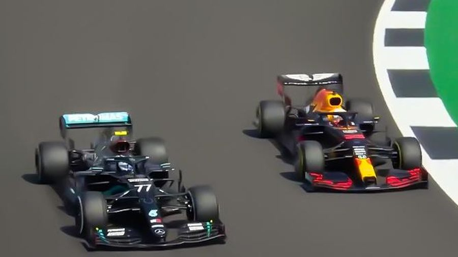 Màn đối đầu chấm dứt mạch thống trị của đội Mercedes ở F1