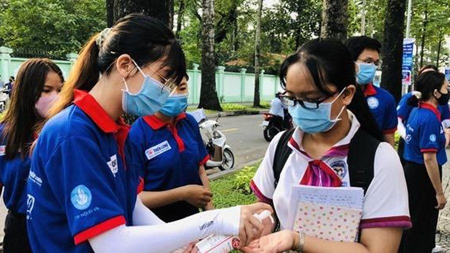 TP.HCM: Phụ huynh an tâm về công tác tổ chức kỳ thi tốt nghiệp THPT